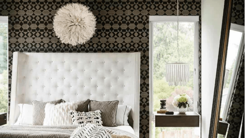 Bold wallpaper in a bedroom